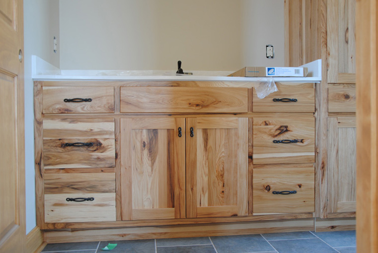 we build quality custom cabinets at an affordable price