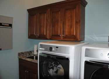 Maple - Laundry room