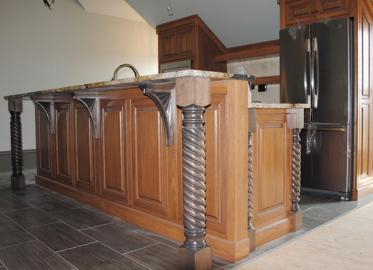 Upstairs Kitchen Poplar w-Soft Maple Posts