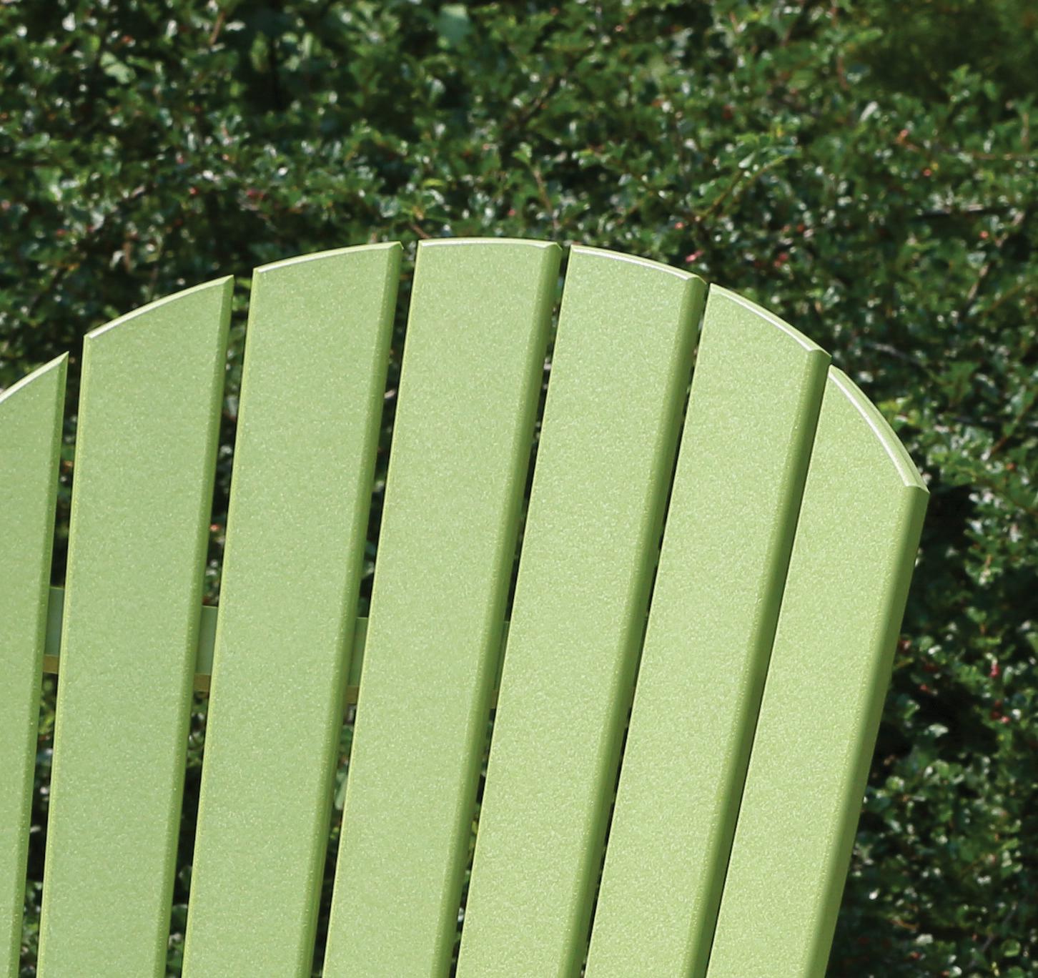 No screws in surface of back slats